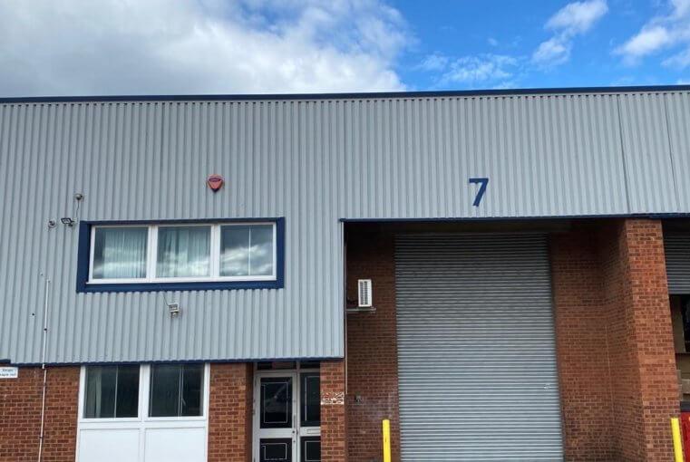 Unit 7, Barratt Way Industrial Estate, Harrow, HA3 5TJ